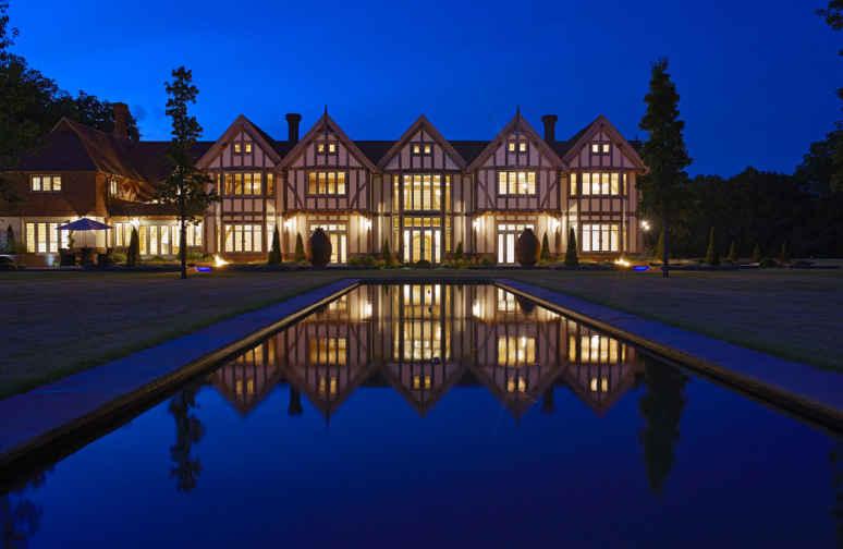 Oak Framed House - Full - Night View
